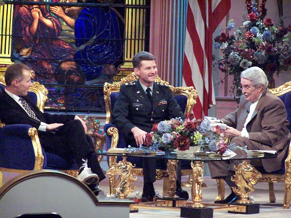 Chaplain Jim Linzey and Dr. Paul Crouch on Behind the Scenes, TBN Sep 7, 2004
